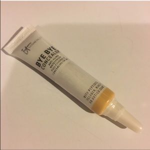 NEW IT Cosmetics Bye Bye Concealer - Light